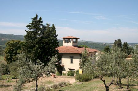 Tuscan villa holiday accommodation in Chianti